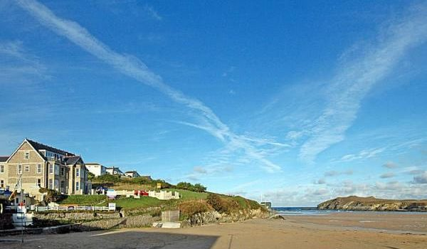 Holiday Rental – 1 Seashore, Newquay, Cornwall – Beaches and Sea