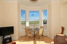 Holiday Rental – 4 Seashore, Newquay, Cornwall – Beaches and Sea